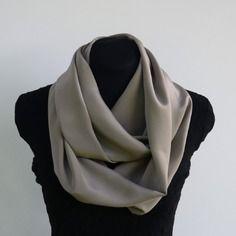 Snood foulard  tube large en soie beige sable  - snpf28