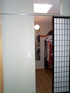 Nice DIY Inexpensive Closet Door Solution