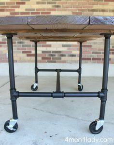 via 4 Men 1 Lady - DIY Plumbing Pipe Table Tutorial. I'm so doing this when we get a house!