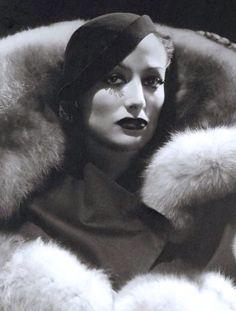 Joan Crawford, 1930's