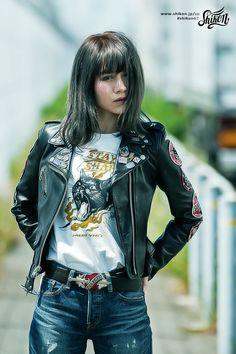 #rock #ロック #badge #バッジ #rck'nroll #ロックンロール #pinbadge #バッチ #rockandroll #ロカビリー #embroidered #ピンバッジ #rockabilly #バイク #rockers #ピンバッチ #motorcycle #オートバイ #leatherjacket #ロッカーズ #bike #カフェレーサー #レザージャケット #caferacer #ビンテージ #shikon67 #vintage Rockabilly Music, Rockabilly Outfits, Rockabilly Fashion, Rock And Roll Girl, Rock And Roll Fashion, Bandana Girl, Rebel Fashion, Bandana Styles, Biker Girl