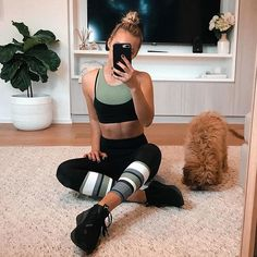 Olive set. Whitefox Boutique. Sarah's Day. Cool Girl Style, My Style, Sport Outfits, Cute Outfits, Casual Outfits, Sarah Day, Aktiv, Workout Wear, Types Of Fashion Styles