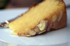 olive oil + almonds = cake