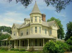 Houses I Love...