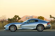 Get the latest reviews of the 2015 Dodge Viper SRT. Find prices, buying advice, pictures, expert ratings, safety features, specs and price quotes.