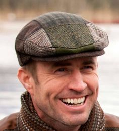 A traditional Tweed Patch Cap from Ireland. This Irish flat cap is made from Irish Tweed. Imported from Ireland, ships quickly from the US. Irish Hat, Celtic Clothing, Newsboy Cap, Flat Cap, Winter Accessories, Clothing Company, Hats For Men, Caps Hats, Moda Masculina