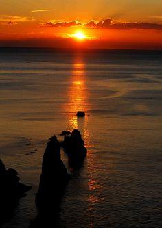 夕日の反射による美しい写真。