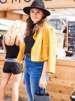 10 Killer Fall Outfits Found At The Flea Market #refinery29  http://www.refinery29.com/brooklyn-flea-street-style