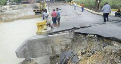 Se desploma puente que comunica las provincias Espaillat y Puerto Plata