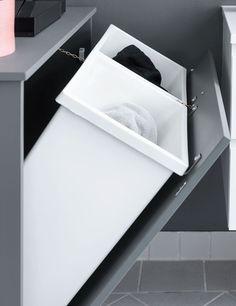 Home decor - Sådan løser du problemet med vasketøj, der roder! Handmade Home Decor, Diy Home Decor, Primark Home, Inside Cabinets, Budget Planer, Home Camera, Laundry Room Design, Laundry Rooms, Gifts For Office