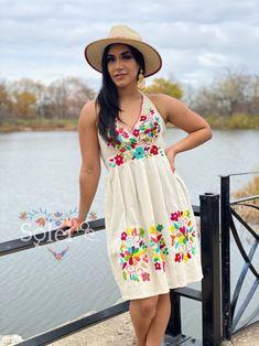 Mexican Bridesmaid Dresses, Mexican Dresses, Beautiful Summer Dresses, Beautiful Flowers, Fiesta Dress, Mexican Party, Party Dress, Floral, Model