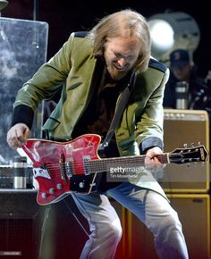 Tom Petty of Tom Petty and the Heartbreakers performs in support of the band's 'Hypnotic Eye' release at Red Rocks Amphitheatre on September 30, 2014 in Morrison, Colorado.