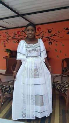 Mariama African Inspired Fashion, Latest African Fashion Dresses, African Print Dresses, African Print Fashion, African Dress, Chic Outfits, Fashion Outfits, Lace Gown Styles, Long Sleeve Evening Dresses