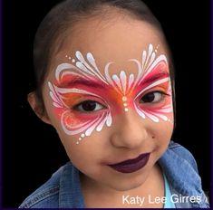 Perfect line work! @katygirres_faba #sillyfarm #facepainters #facepaintersoninstagram #facepainting #princessparty #masks