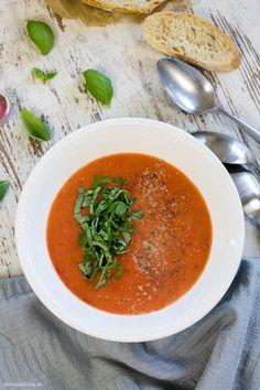 Frische Tomatensuppe nach Jamie Oliver Rezept #jamieoliver #tomatensuppe | malteskitchen.de