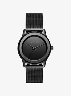 Exclusively Ours in the U.S. in Michael Kors stores and on michaelkors.com. Black is back and chicer than ever on our Kinley watch. A numberless dial and solid stainless steel setting combine for the ultimate understated statement. #reloj #michaelkorshombre #relojmichaelkorshombre #relojesargentina #relojes #argentina