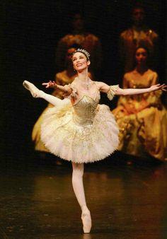 Viviana Durante as Aurora (Act 3 - Wedding Variation). #Ballet_beautie #sur_les_pointes *Ballet_beautie, sur les pointes !*