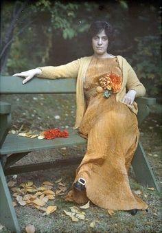 Mrs. Selma Schubart wearing a Fortuny Dress ca. 1907 // Autochromes by Alfred Stieglitz