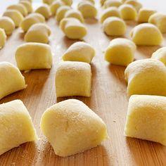 Focaccia Pizza, Frittata, Ricotta, Cornbread, Good Food, Food And Drink, Potatoes, Homemade, Dishes