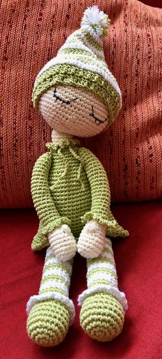 This Pin was discovered by She Doll Amigurumi Free Pattern, Crochet Doll Pattern, Crochet Patterns Amigurumi, Crochet Dollies, Cute Crochet, Crochet Baby, Crochet Owl Pillows, Crochet Christmas Decorations, Crochet Patterns For Beginners