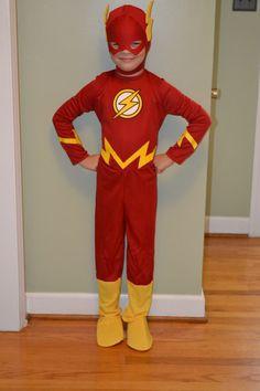 2019 DIY Superhero Costume DIY Superhero Costume - Every kid loves superhero. Flash Costume For Boys, Flash Halloween Costume, Superhero Costumes For Boys, Superhero Dress, Superman Costumes, Superhero Kids, Kids Costumes Boys, Boy Costumes, Super Hero Costumes