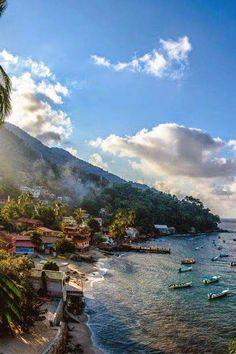 Yelapa, Puerto Vallarta, #Mexico | PicadoTur - Consultoria em Viagens | Agencia de viagem | picadotur@gmail.com | (13) 98153-4577 | Temos whatsapp, facebook, skype, twiter.. e mais! Siga nos|