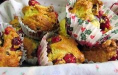 This recipe was given to us by a lady who brought her homeschool group to an encampment in Boalsburg, PA. Can be made without eggs. Cranberry Muffins, Breakfast Pastries, Kid Friendly Meals, Muffin Recipes, Scones, Tasty, Bread, Cooking, Homeschool