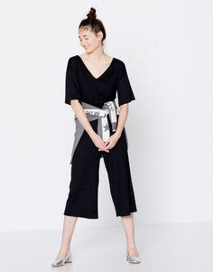 Ribbed V-neck jumpsuit - Clothing - New - Woman - PULL&BEAR Spain