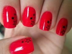 Nail Art - red and black stars #nails #polish