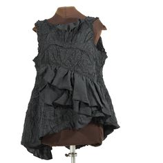 ever-increasing ruffle runs diagonally The Carapace of Greater Fortitude, linen tunic by Secret Lentil Clothing Funky Outfits, Layering Outfits, Carapace, Advanced Style, Clothing Hacks, Layered Tops, Couture, Playing Dress Up, Boho Fashion