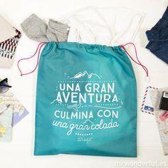 Bolsas para organizar la maleta: la de los zapatos la de la ropa interior, la de la ropa sucia...