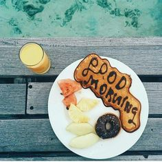 Como somos de las pocas personas que #hoy madrugamos, vamos a disfrutar el #día y #desayunar por todo lo alto... aaaadios!!😉👌Since we are one of the few #people who are getting up early #today, let's enjoy the #day and have #breakfast at the top ... byyyeee !!👏😎#hacheintercalada