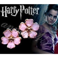 Harry Potter - Hermione Granger - Yule Ball earrings - Hermione earrings - plus Hermione card Harry Potter Hermione Granger, Harry Potter Jewelry, Harry Potter Facts, Emma Watson Style, Yule Ball, Geek Jewelry, Mischief Managed, Hogwarts, Women's Earrings