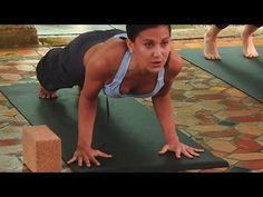 Yoga Class with Hilaria Baldwin: Core & Quads