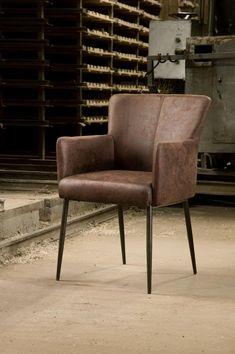 Bestel stoel Ibiza nu bij HUUS.nl Sofas, Study Desk, Ibiza, Modern Retro, Primark, Recliner, Interior And Exterior, Armchair, Dining Chairs
