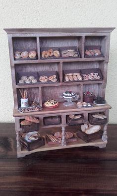 miniature dolls house in scala 1:12  la di MinilucyMiniatures
