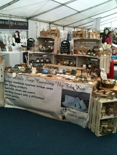 building up the stall with crates and using the floor space well as a corner stall Market Stall Display, Soap Display, Market Displays, Market Stalls, Craft Show Booths, Craft Booth Displays, Craft Show Ideas, Display Ideas, Booth Ideas