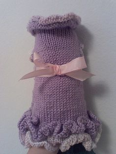 Free Pattern for the A-Line Ruffled Dog Sweater Dress | autumnblossomknits