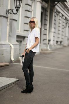 Style...Celine Aagaard // HIPPIE, HIPPIE - MILKSHAKE! // BACK TO BASICS Black and white casual style