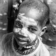 The Monochrome series Monochrome, Travel Photography, Artwork, Black, Work Of Art, Monochrome Painting, Black People