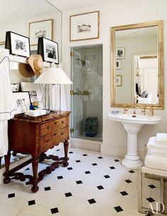 Bedford Poolhouse Bath