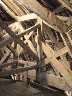 Vaux-le-Vicomte, Seine-et-Marne, France - Chateau de Fouquet - Beams Wooden Architecture, Architecture Details, Vaux Le Vicomte, Post And Beam, Wood Construction, Vintage Pictures, Joinery, Carpentry, Wood Crafts