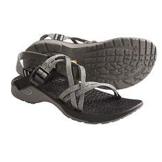 e77039d445f Die 46 besten Bilder von Trekkingsandalen | Shoes sandals, Adventure ...