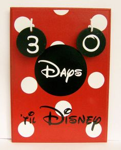 Disney World Vacation Countdown Calendar Disney Countdown, Vacation Countdown, Holiday Countdown, Countdown Calendar, Countdown Ideas, Disney 2015, Disney Tips, Disney Love, Disney Magic
