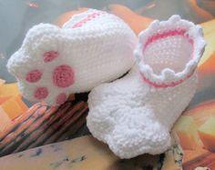 Crochet baby shoescrochet baby bootscrochet by NPhandmadeCreations