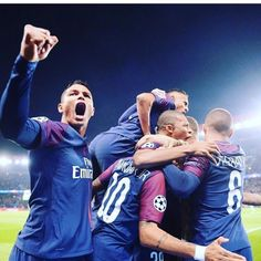 "166.4k Likes, 427 Comments - Thiago Silva (@thiagosilva_33) on Instagram: ""Felicitation a tous grand victoire !!! Parabéns a todos grande vitória . @psg"""