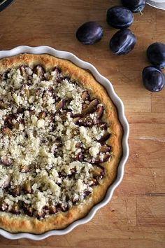 Obrázek - Nejoblíbenější kynutý koláč s ovocem a drobenkou Vegan Treats, Raw Vegan, Cruelty Free, Pie, Sweet, Recipes, Hedgehogs, Food, Eggs