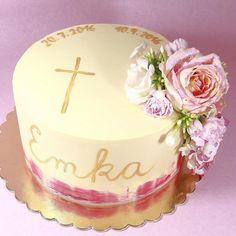Lenke a Petrovi som pred rokom piekla svadobnu torticku. A minuly tyzden krstinovu ❤️ Gratulujem! Fresh Flowers, Birthday Cake, Hand Painted, Desserts, Birthday Cakes, Deserts, Dessert, Postres, Cake Birthday