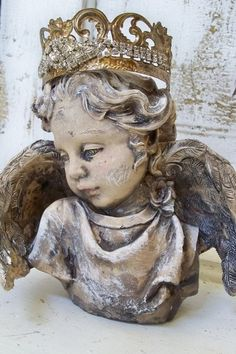 Cherub angel statue head fragment with hand made crown beautiful French chic piece vignette decor Anita Spero Statue Tattoo, Stone Statues, Buddha Statues, I Believe In Angels, Angels Among Us, Guardian Angels, French Chic, Garden Statues, Crown Jewels