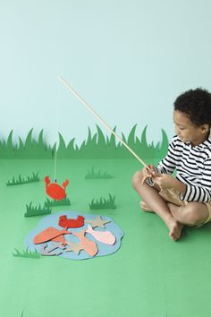 Go Fish! Bring the ocean indoors with this cute playdate game you make together.
